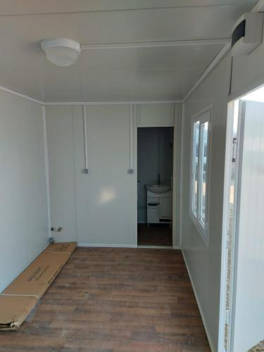 stambeni-kontejner-kupaonica-002