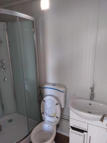 stambeni-kontejner-kupaonica