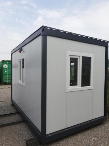 Stambeno građevinski kontejner 4m